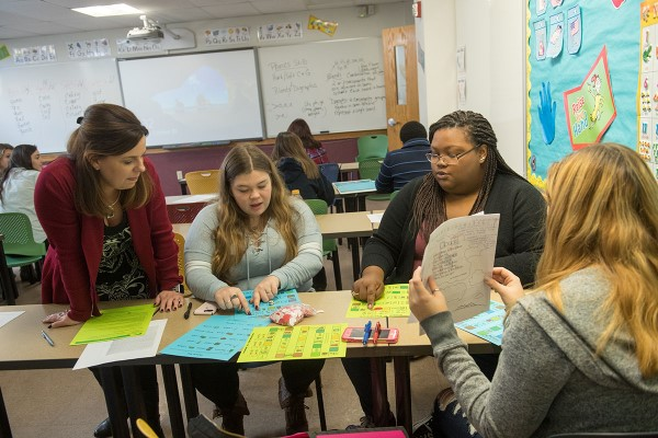 Colleen Lelli with Elementary Education students